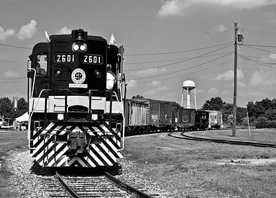 Photograph - Southern Railway Gp30 #2601 Bw by Joseph C Hinson Photography