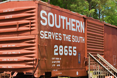 Photograph - Southern Serves The South Train by Roberta Byram