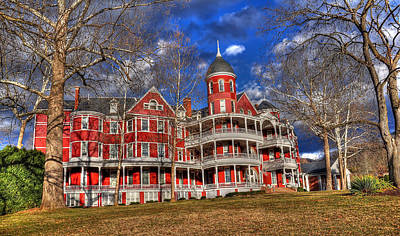 Buena Vista Photograph - Southern Virginia University by Todd Hostetter