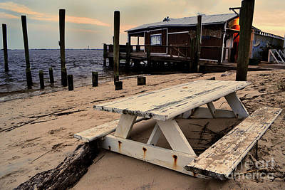 Photograph - Southport Picnic Table by Amy Lucid