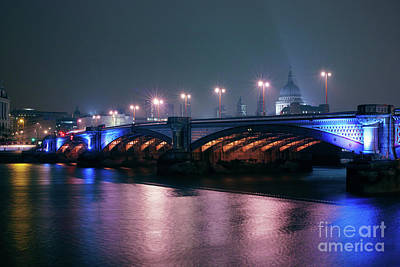 Photograph - Southwark Bridge by Giuseppe Torre