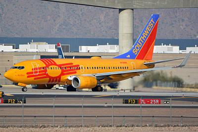 Southwest Boeing 737-7h4 N781wn New Mexico Phoenix Sky Harbor January 17 2016 Art Print by Brian Lockett