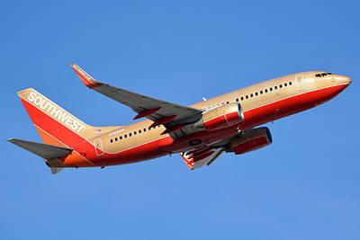 Southwest Boeing 737-7h4 N792sw Retro Gold Phoenix Sky Harbor January 21 2016 Art Print by Brian Lockett