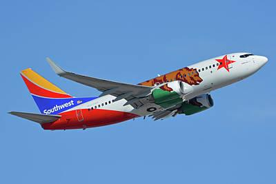 Photograph - Southwest Boeing 737-7h4 N943wn California One Phoenix Sky Harbor October 16 2017 by Brian Lockett