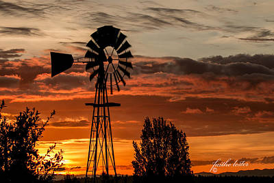 Photograph - Southworth Windmill At Sunrise II by E Faithe Lester