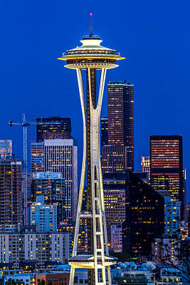 Space Needle And Skyline At Dusk B Original by Rob Green
