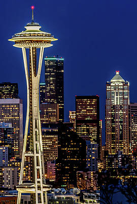 Space Needle And Skyline At Dusk Art Print