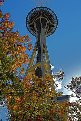 Photograph - Space Needle Autumn by Todd Kreuter