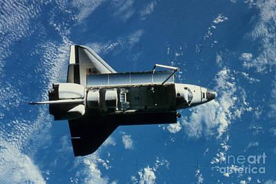 Space Shuttle Challenger Art Print