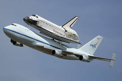 Space Shuttle Endeavour Over Lax September 21 2012 Art Print by Brian Lockett