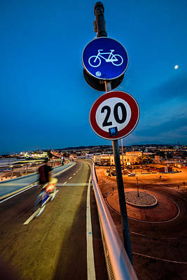 Photograph - Speeder by Randy Scherkenbach