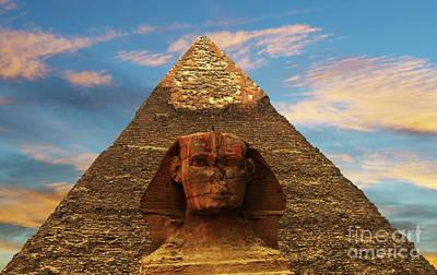 Sphinx And Pyramid Of Khafre Art Print
