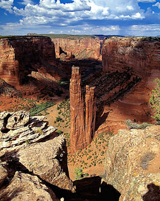 Navajo Nation Photograph - Spider Rock Canyon De Chelly Arizona by George Oze