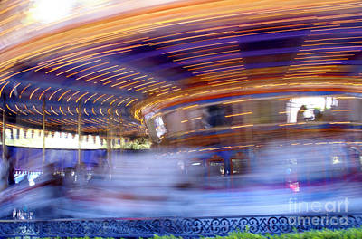 Photograph - Spin Faster by Linda Shafer