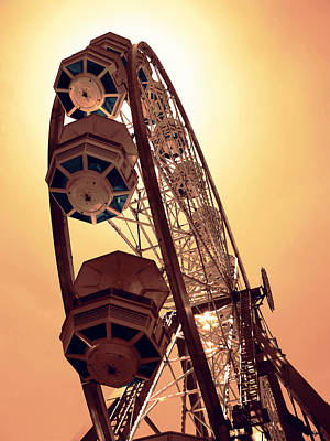 Spinning Wheel Photograph - Spinning Like A Ferris Wheel by Glenn McCarthy Art and Photography