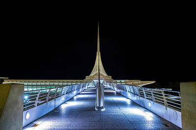 Photograph - Spire In The Night Sky by Chuck De La Rosa