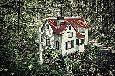 Photograph - Spirit House by Cathy Mahnke
