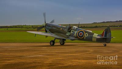 Spitfire Photograph - Spitfire Hf Mk.ixe Td314 by Chris Thaxter