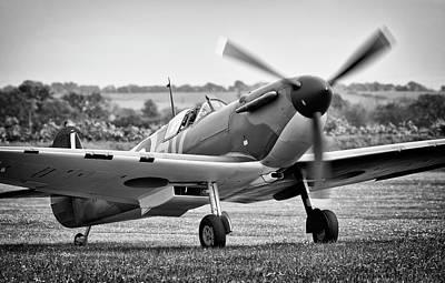 Photograph - Spitfire Mk1 by Ian Merton