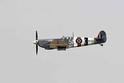 Spitfire Mk959 In Flight Art Print by Shoal Hollingsworth