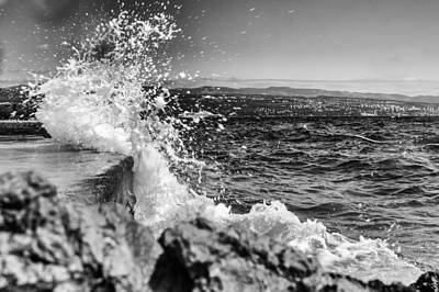 Photograph - Splash by Andreas Levi