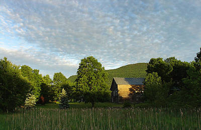 Photograph - Splatter Of Clouds Touching The Escarpment At Palenville by Terrance DePietro