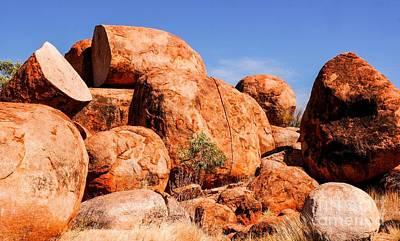 Photograph - Split Rock - Karlu Karlu - Devils Marbles, Northern Territory by Lexa Harpell