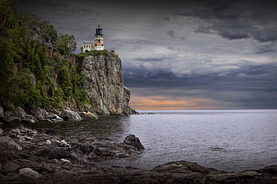 Photograph - Split Rock Lighthouse At Sunrise by Randall Nyhof