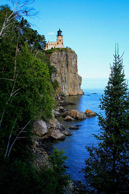 Photograph - Split Rock Lighthouse by Bonnie Follett