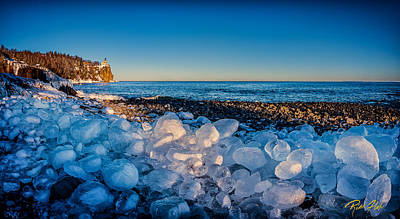 Split Rock Lighthouse With Ice Balls Art Print