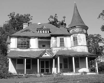 Photograph - Spooky Chester South Carolina House 2 Bw by Joseph C Hinson Photography
