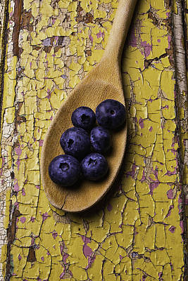 Peeling Painted Wood Wall Art - Photograph - Spoon Serving Blueberries by Garry Gay
