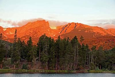Photograph - Sprague Lake 09 - Summer Sunrise by Pamela Critchlow