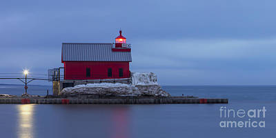 Grand Haven Photograph - Spring At The Outer Range Light by Twenty Two North Photography