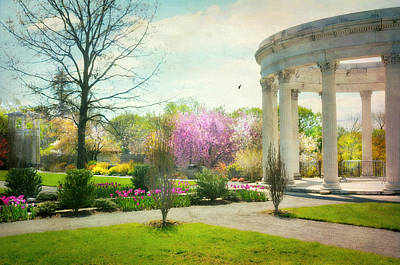 Photograph - Spring At Untermyer by Diana Angstadt