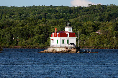 Photograph - Spring Evening At Esopus Lighthouse by Jeff Severson