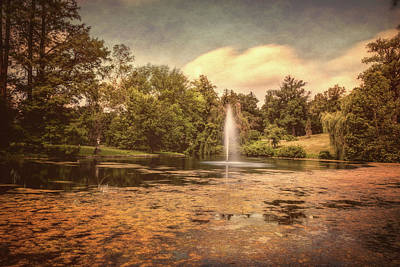 Fountain Wall Art - Photograph - Spring Grove Water Feature by Tom Mc Nemar