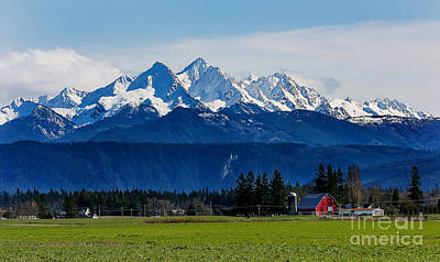 Cascade Mountains Photograph - Spring In The Pacific Northwest by Paul Conrad