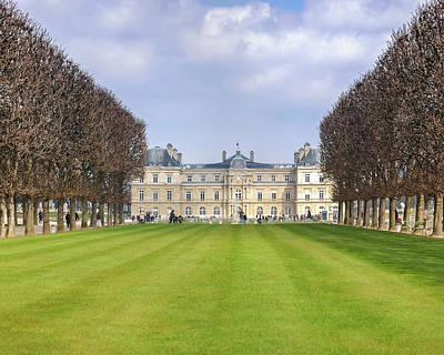 Palais Du Luxembourg Wall Art - Photograph - Spring Symmetry by Denys Gryshan