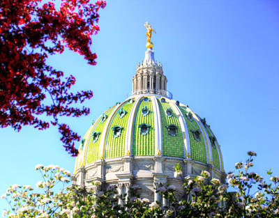 Print featuring the photograph Spring's Arrival At The Pennsylvania Capitol by Shelley Neff