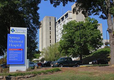 Photograph - Springs Memorial Hospital 12 Color by Joseph C Hinson Photography