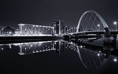 Photograph - Squinty Bridge Glasgow by Stephen Taylor