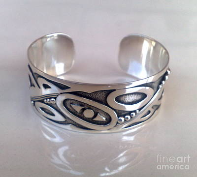 Sterling Silver With Ceramics Jewelry - Ss Cuff With Contemporary Designs by fmnjewel - Fernando Situmeang