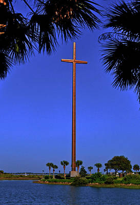 Photograph - St Augustine Memorial Cross 011 by George Bostian