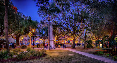 Photograph - St Augustine Plaza Christmas by Joedes Photography