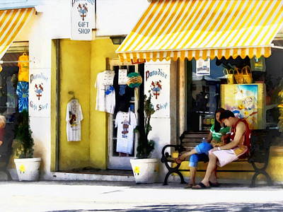 Shopping Photograph - St. George Bermuda - Shopping On A Sunny Afternoon by Susan Savad