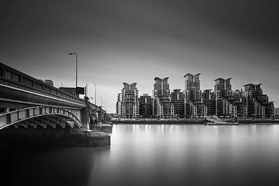 St George Photograph - St. George Wharf by Ivo Kerssemakers