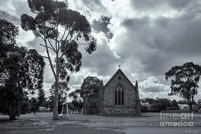 Photograph - St John's, Dunolly by Linda Lees