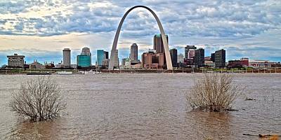 Photograph - St Louis Daytime Panorama by Frozen in Time Fine Art Photography