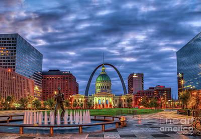 Photograph - St Louis Gateway Arch 777 Old St Louis County Court House Kiener Plaza St Louis Art by Reid Callaway